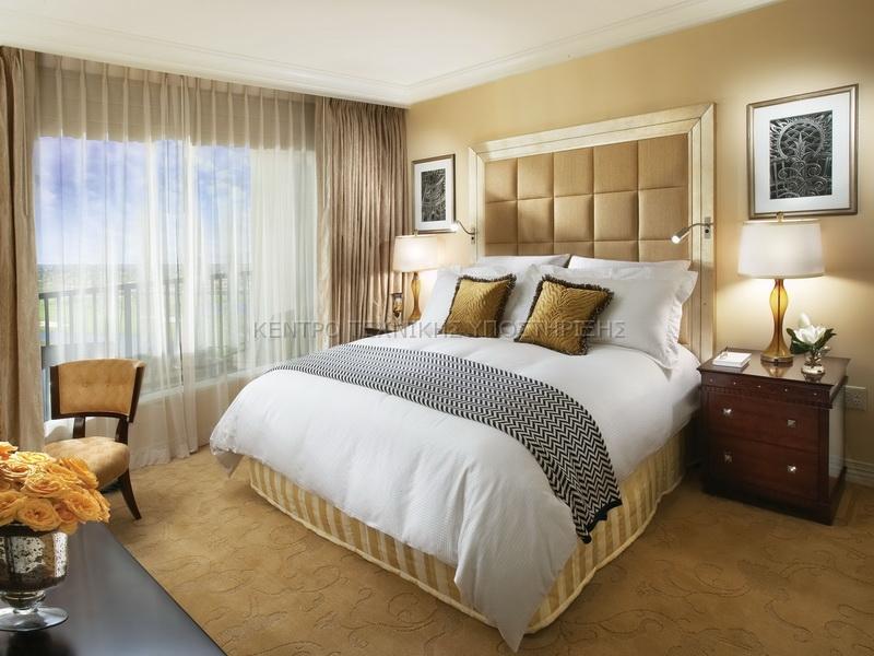 Cool-Beige-Master-Bedroom-Paint-Color